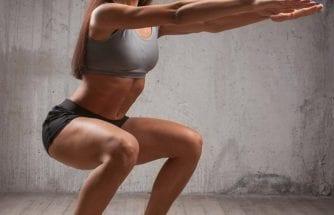 Bài tập Squat cơ bản giúp giảm mỡ bụng, săn chắc và nở vòng 3