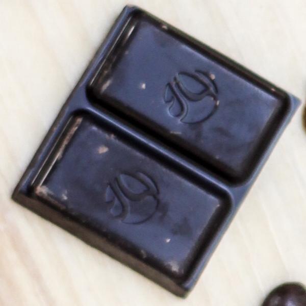 Siêu thực phẩm để giảm cân - Chocolate đen