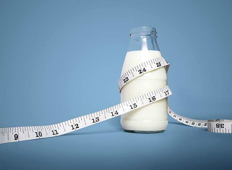 Mẹo giảm cân - Loại bỏ sữa có chất béo