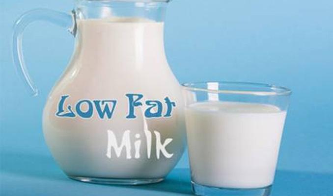 Uống sữa không đường tốt cho người đang giảm cân