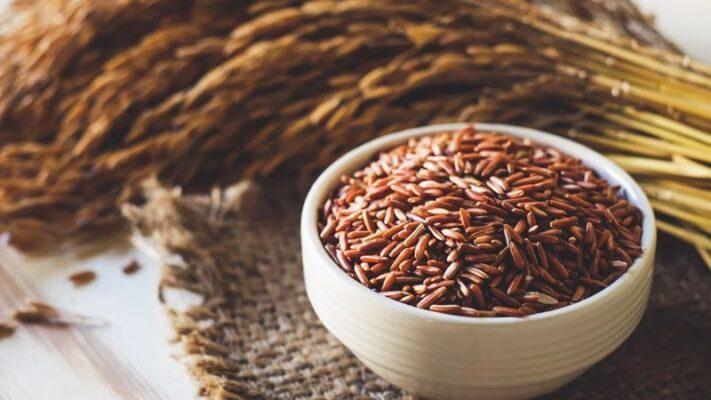 Ăn gạo lứt giảm cân - Gợi ý thực đơn 7 ngày - Màu đỏ